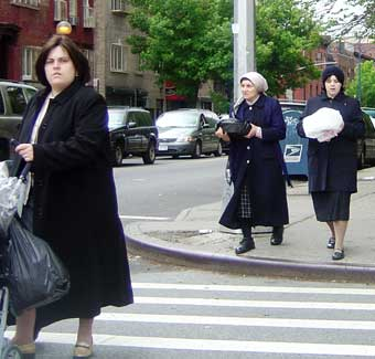 Clothes stores Hasidic clothing store